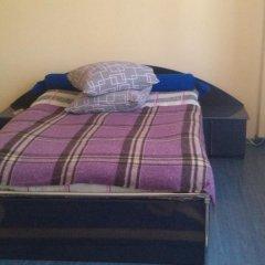 Гостиница Kolyba Opryshkiv Хуст комната для гостей фото 2