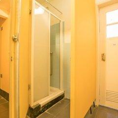 Vistas de Lisboa Hostel Кровать в общем номере с двухъярусной кроватью фото 12