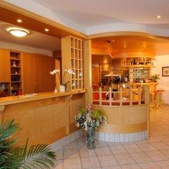 Hotel Apartments Feldhof Сцена гостиничный бар