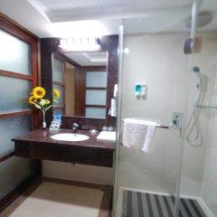 Overseas Chinese Friendship Hotel 3* Номер Делюкс с различными типами кроватей фото 9
