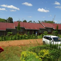 Отель Africana Yard парковка