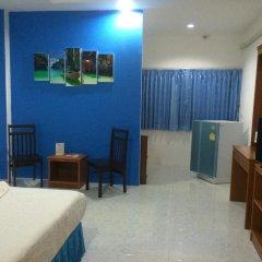 Отель Chan Pailin Mansion 2* Стандартный номер с двуспальной кроватью фото 3