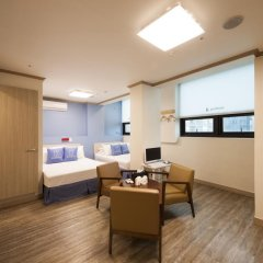 Отель K-guesthouse Sinchon 2 2* Семейный номер Делюкс с двуспальной кроватью фото 4