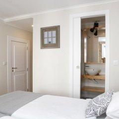 Отель Flores Guest House 4* Номер Комфорт с различными типами кроватей фото 10