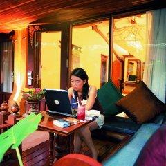 Отель Sawasdee Village 4* Номер Делюкс с двуспальной кроватью фото 17