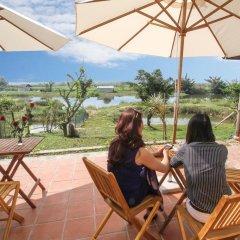 Отель Windy River Homestay 2* Номер категории Эконом с различными типами кроватей фото 4