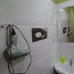 Гостиница Хостел Актеон Линдрос в Калининграде 5 отзывов об отеле, цены и фото номеров - забронировать гостиницу Хостел Актеон Линдрос онлайн Калининград ванная фото 2