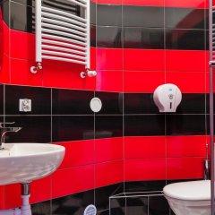 Отель Retro Hostel Польша, Познань - отзывы, цены и фото номеров - забронировать отель Retro Hostel онлайн ванная фото 2