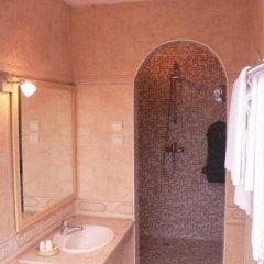 Арт-Отель Дали 3* Улучшенный люкс с различными типами кроватей фото 6