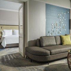 Four Seasons Hotel Singapore 5* Номер Делюкс с двуспальной кроватью фото 3
