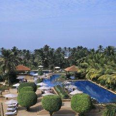 Отель Kenilworth Beach Resort & Spa Индия, Гоа - 1 отзыв об отеле, цены и фото номеров - забронировать отель Kenilworth Beach Resort & Spa онлайн бассейн фото 3