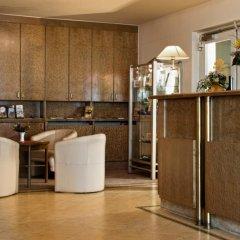 Отель Days Inn Dresden Германия, Дрезден - 2 отзыва об отеле, цены и фото номеров - забронировать отель Days Inn Dresden онлайн интерьер отеля фото 3