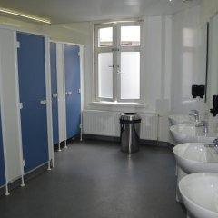 St Christophers Inn Hostel at The Bauhaus Кровать в общем номере с двухъярусной кроватью фото 4