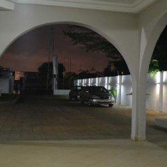 Отель Accra Luxury Lodge парковка