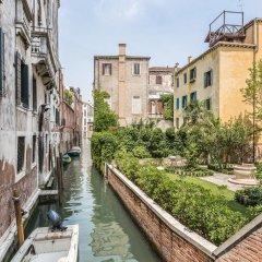 Отель Ca' Corner Gheltoff Венеция приотельная территория