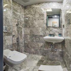 Genova Hotel 3* Стандартный номер с двуспальной кроватью