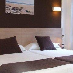 Отель Hostal Rocamar Испания, Сантандер - отзывы, цены и фото номеров - забронировать отель Hostal Rocamar онлайн комната для гостей фото 4