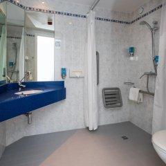Отель Holiday Inn Express Glasgow City Centre Riverside 3* Стандартный номер с различными типами кроватей фото 12