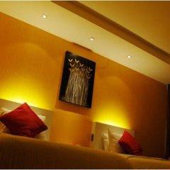 Отель The Tawana Bangkok 3* Номер Делюкс с разными типами кроватей фото 3