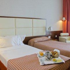 Отель VIP Executive Art's 4* Стандартный номер с 2 отдельными кроватями