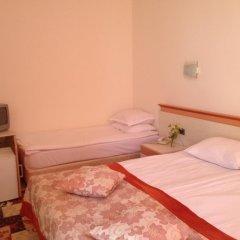 Отель Koral Болгария, Св. Константин и Елена - 1 отзыв об отеле, цены и фото номеров - забронировать отель Koral онлайн комната для гостей фото 3