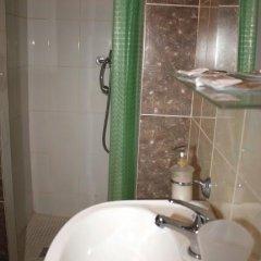 Гостевой Дом Лилия Стандартный номер с двуспальной кроватью фото 17