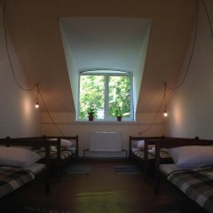 Хостел В центре Кровать в общем номере фото 8