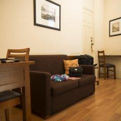 Отель Aliados 3* Люкс с различными типами кроватей фото 7