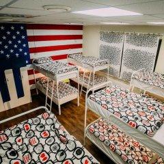 Sky Хостел Кровать в мужском общем номере с двухъярусной кроватью фото 7