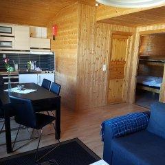 Отель Tjeldsundbrua Camping Коттедж с различными типами кроватей фото 6
