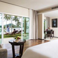 Отель Crowne Plaza Phuket Panwa Beach 5* Стандартный номер с двуспальной кроватью фото 14