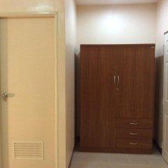 Отель The Nelson Guest House Pattaya Стандартный номер с различными типами кроватей фото 9