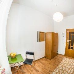 Хостел и Кемпинг Downtown Forest Стандартный номер с различными типами кроватей (общая ванная комната) фото 2