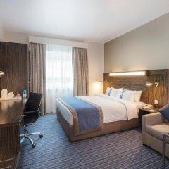 Отель Holiday Inn Express Dubai Safa Park 2* Стандартный номер с различными типами кроватей