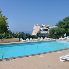 Отель Apts Elma бассейн