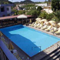 Lisa Hotel бассейн фото 3