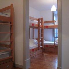 Inn Possible Lisbon Hostel Кровать в общем номере с двухъярусной кроватью фото 4