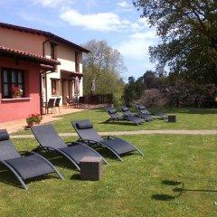 Отель Apartamentos Rurales La Fuente de Báscones бассейн фото 2