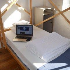 Rock n´Porto Hostel Порту сейф в номере