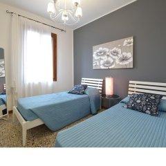Отель Madame V Apartments Италия, Венеция - отзывы, цены и фото номеров - забронировать отель Madame V Apartments онлайн комната для гостей фото 5