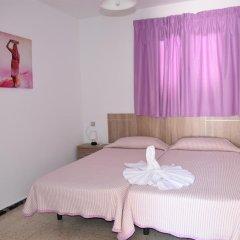 Отель Pensión Eva Стандартный номер с 2 отдельными кроватями (общая ванная комната) фото 14