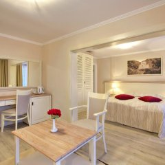 White Rock Castle Suite Hotel 4* Полулюкс разные типы кроватей фото 20