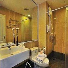 Отель Aloha Residence Пхукет ванная фото 2