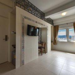 Отель Phuket Montre Resotel 3* Номер Делюкс фото 8