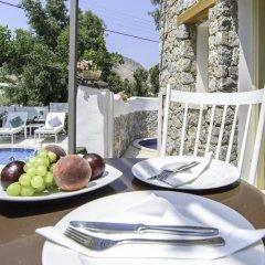 Отель La Mer Deluxe Hotel & Spa - Adults only Греция, Остров Санторини - отзывы, цены и фото номеров - забронировать отель La Mer Deluxe Hotel & Spa - Adults only онлайн питание фото 3