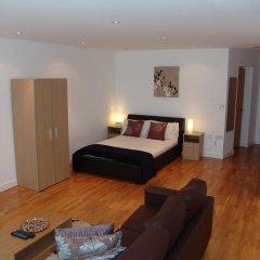 Апартаменты Quay Apartments Солфорд комната для гостей фото 3
