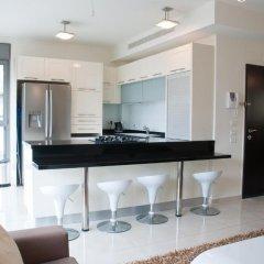 Апартаменты Ziv Apartments 8 Amos Street Тель-Авив в номере