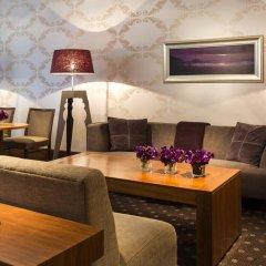 Отель Crowne Plaza Paris Republique 4* Стандартный номер с различными типами кроватей фото 4