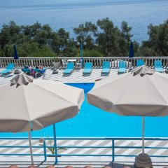 Апартаменты Brentanos Apartments ~ A ~ View of Paradise бассейн фото 2