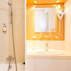 Отель Hôtel Continental Эвиан-ле-Бен ванная